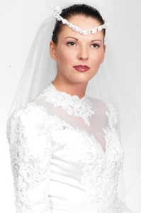 Felicia Reeves appears at the time of her first wedding in the 1990s. She disappeared from Henderson County in August 2015 and was found dead a week later in New Jersey.