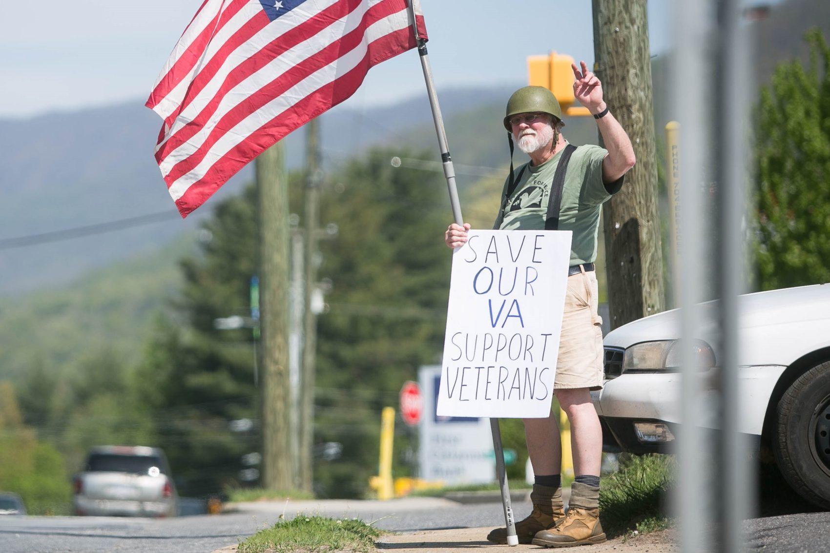 Vietnam veteran Bob Feldman protests against proposed changes to the VA