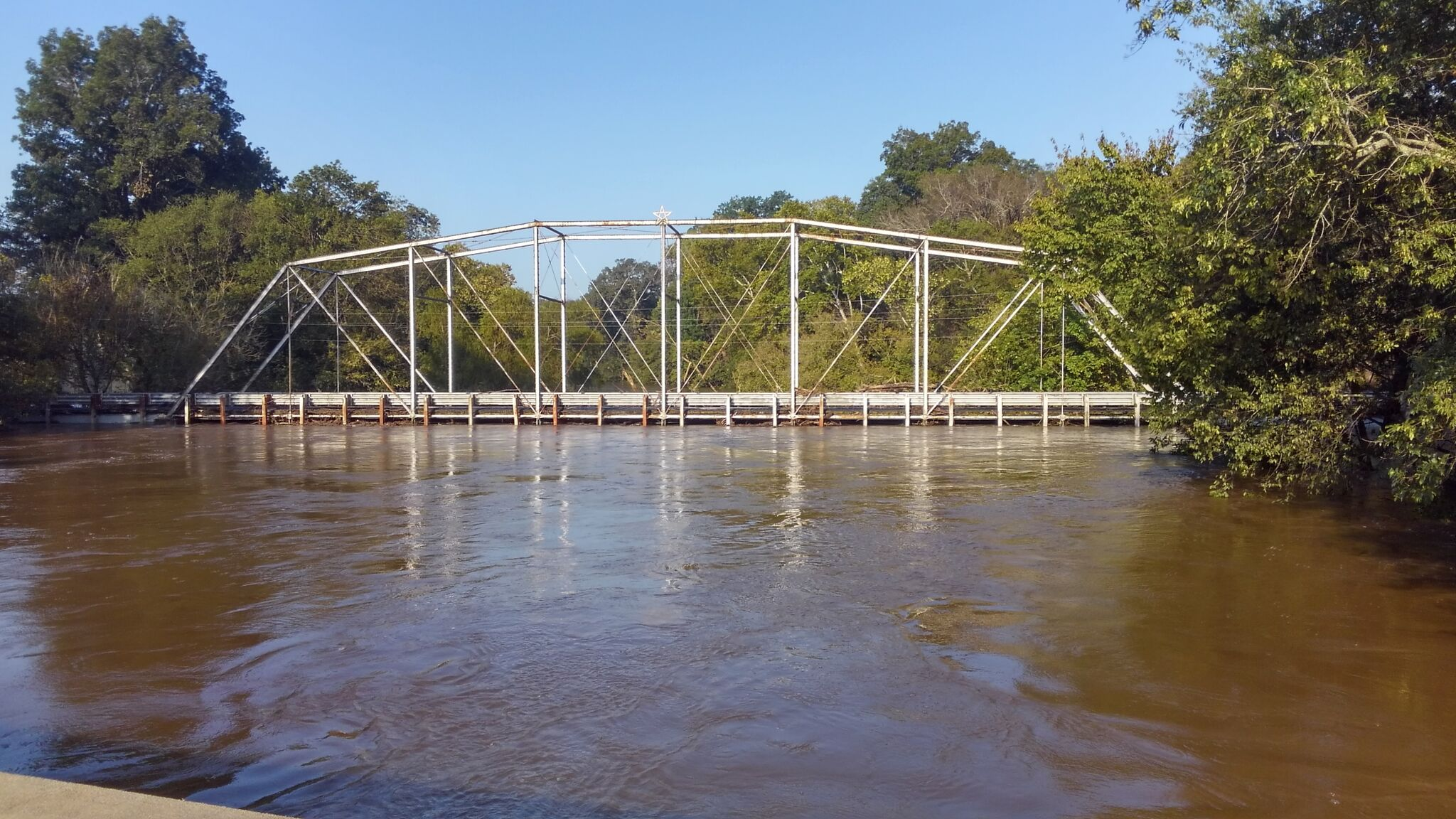 Deep River flooding at Cumnock in September 2018 after Hurricane Florence.
